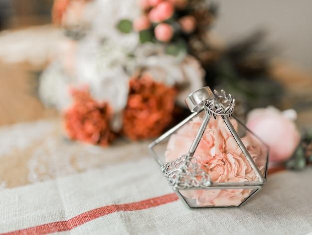 Крупным планом вид розовых цветов