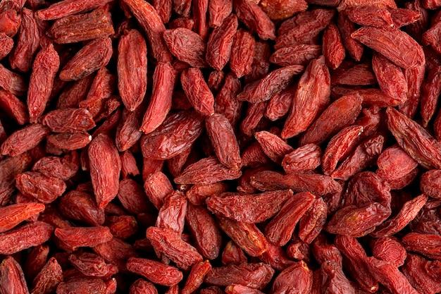 빨간 말린 과일의 근접 촬영보기