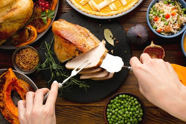 感謝祭の食事のコンセプトのクローズアップビュー