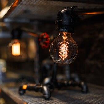 Крупным планом старинные лампы