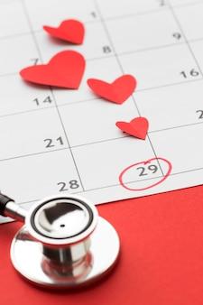 Концепция день сердца мира крупным планом с стетоскоп
