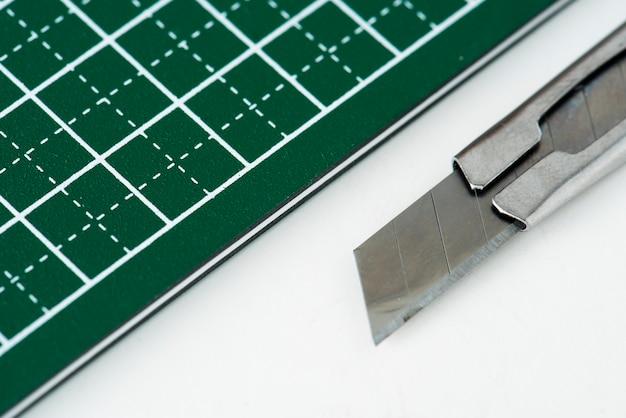 Closeup of cutter