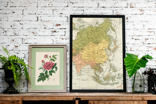 Closeup of maps in frames