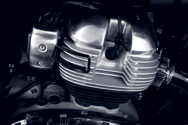 クローズアップオートバイエンジンシリンダーオートバイエンジン、内燃エンジンのクローズアップ