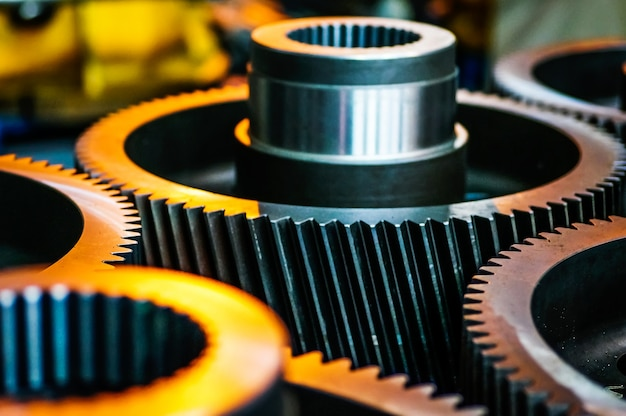 Макрофотография металлических зубчатых колес