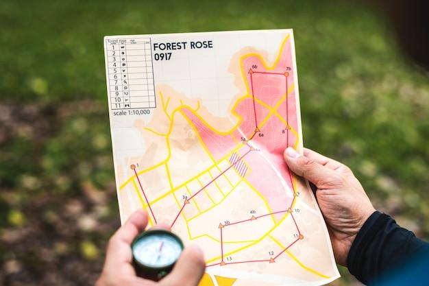 오리엔티어링 박스 위치지도의 근접 촬영