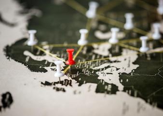 世界地図旅行の旅行のピンの拡大
