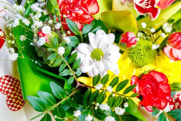 春の花のクローズアップ