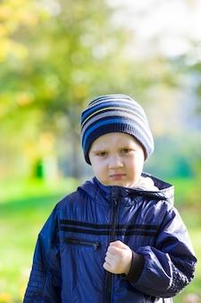 Портрет крупным планом ребенка дошкольного возраста