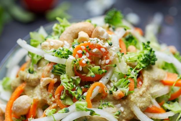 Closeup shot of a bowl of the delicious vegan salad