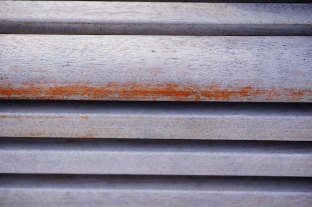 木製のベンチの背景のクローズアップショット