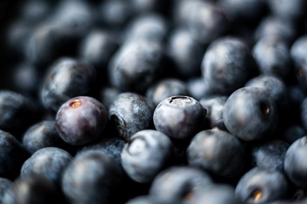 Крупным планом мягкий фокус выстрел вкусные ягоды