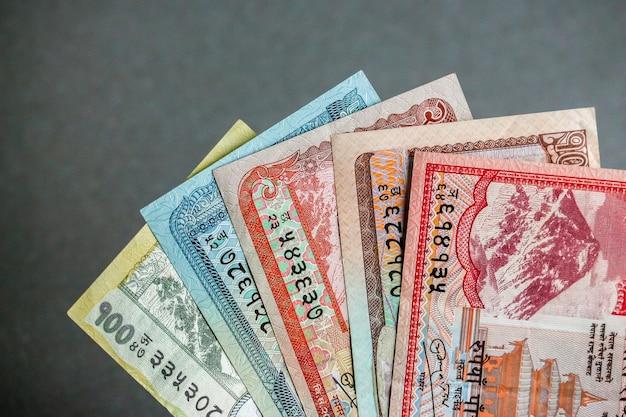 Взгляд крупного плана непальской валюты (банкнот).