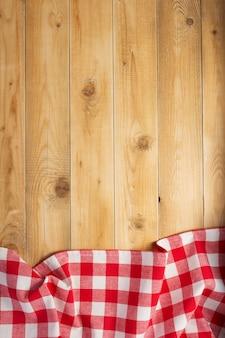 소박한 나무 판자 보드 테이블 배경의 천 냅킨, 위쪽