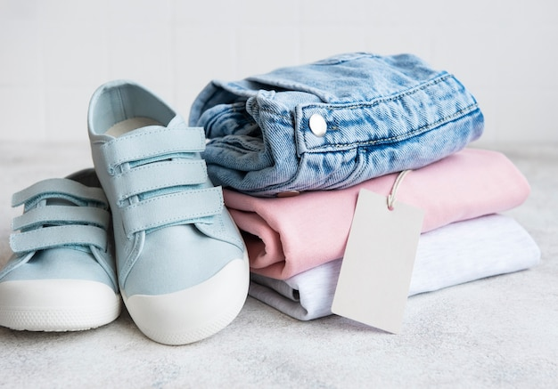 Clothes for kids. online shopping concept. delivery of clothes.