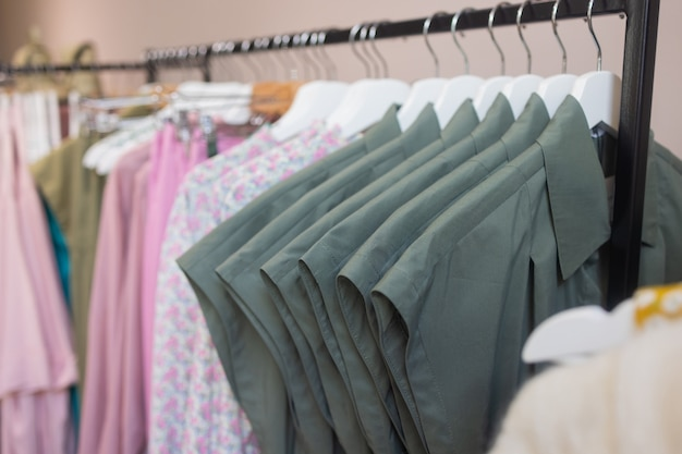 옷 가게 의상 드레스 패션 스토어 스타일 개념.
