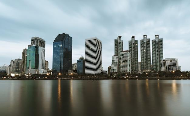 방콕의 구름 scence