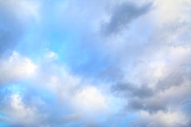 구름 - 배경으로 사용할 수 있습니다.