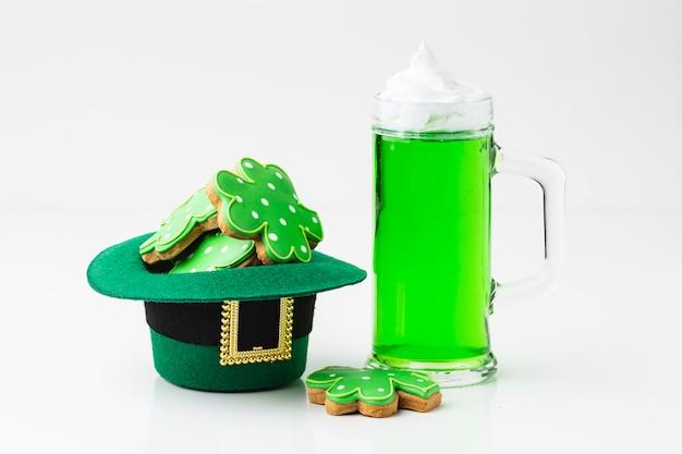 Clover cookies in leprechaun hat arrangement