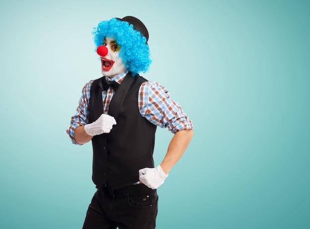 Clown making like that runs