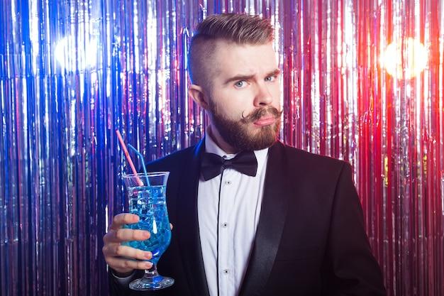 クラブパーティーと休日のコンセプト