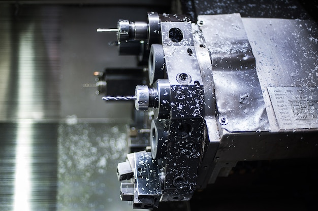 The cnc lathe machinel. the hi-technology machining concept