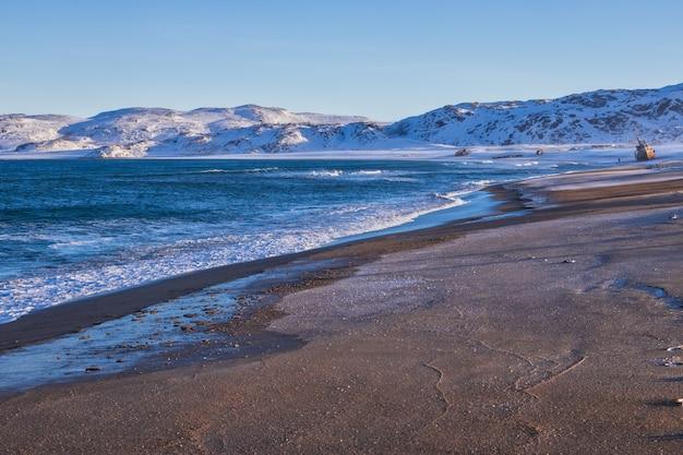 Coast of the barents sea, the kola peninsula, russia