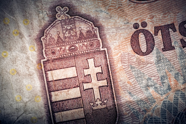 Coat of arms of hungary on reverse of five hundred of hungarian forints