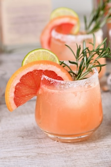 Cocktail of fresh pink palomas