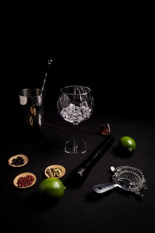 Cocktail of gin and tonic on a black background