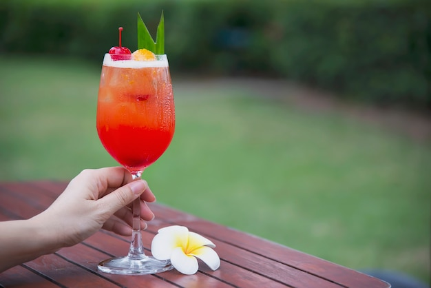 Cocktail recipe name mai tai or mai thai worldwide favour cocktail