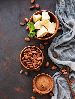 Cocoa beans, powder and butter