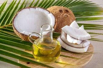 ココナッツオイルとココナッツオイル