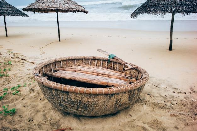 Coconut boats, vietnam