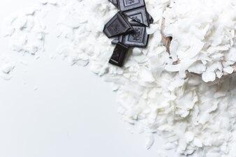 ダークチョコレートのココナッツフレーク
