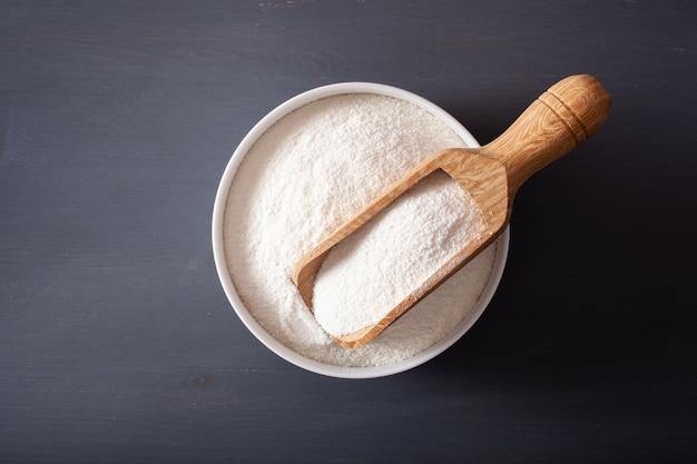 ケトパレオダイエットのためのココナッツ粉健康成分