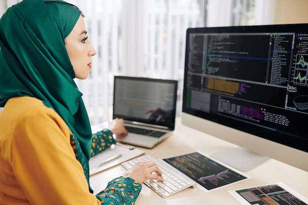 Coder testing new program