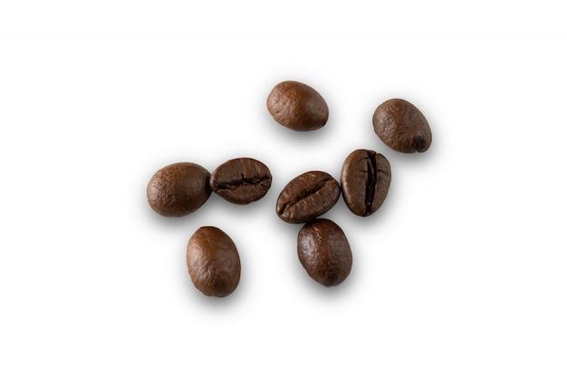 화이트에 커피 콩 고립 된 클리핑 경로
