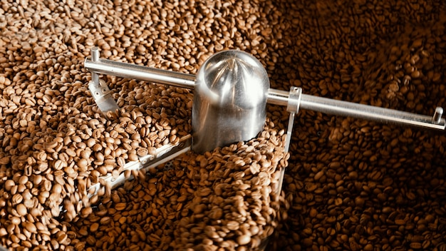 Coffee beans arrangement with machine