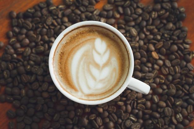 커피 콩 프리미엄 사진