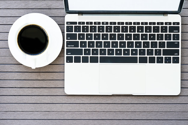 노트북, 커피 컵, 안경 커피 타임