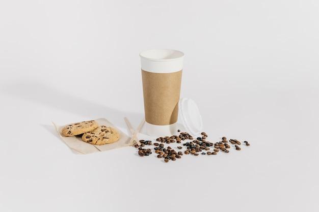 Кофе, чтобы пойти концепция