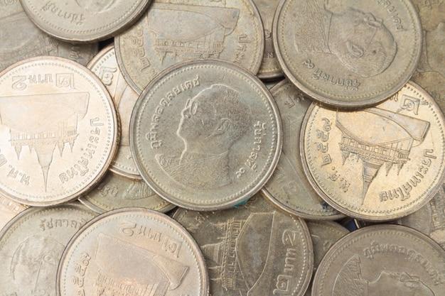 Coin taxture.