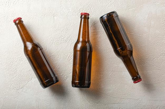 Холодное пиво, выровнено, алкоголь, бутылка, пиво, вечеринка, пить,