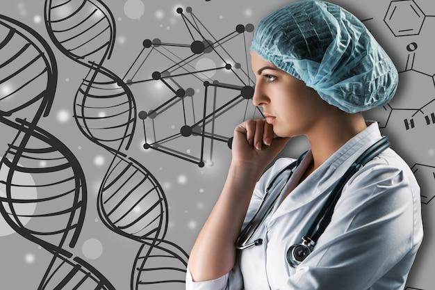 科学的なトピックのコラージュ。灰色の背景に立っている若い女性医師。グローバルワイヤレス接続の概念と研究者