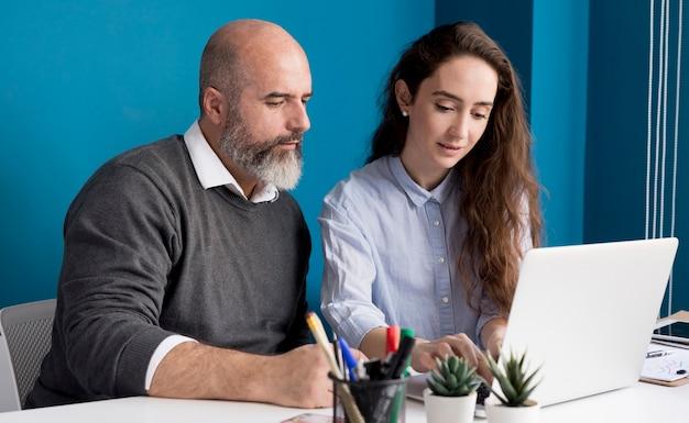 Коллеги планируют бизнес-метод