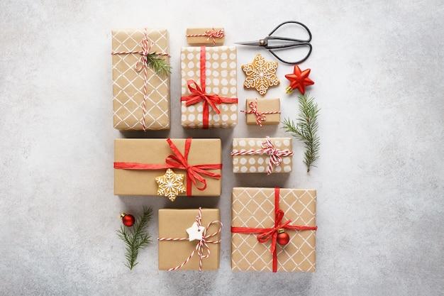 크리스마스 선물 상자, 장난감 및 장식 컬렉션