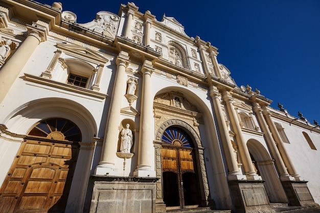 Colonial architecture in ancient antigua guatemala city, central america, guatemala