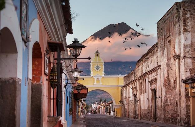 고대 안티구아 과테말라 시티, 중앙 아메리카, 과테말라의 식민지 시대의 건축물