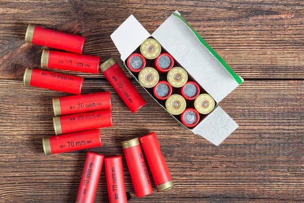 Цветная коробка патронов охотничьих патронов